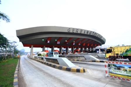 Tangerang-Merak toll road