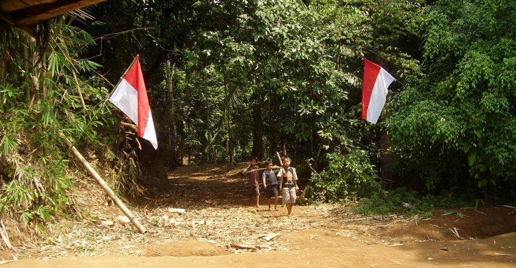 Remains independent and strong on Mount Kendeng